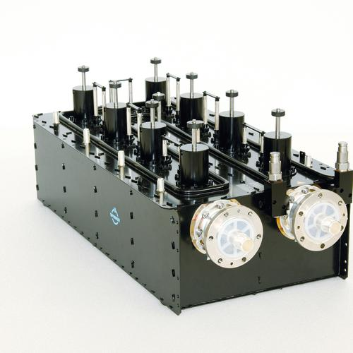 "Band-pass filter UHF DTV/ATV 12.5 kW 3 1/8"" EIA male liquid cooled product photo Front View L"